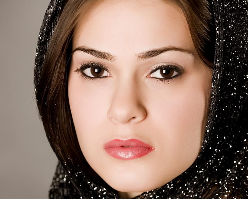 Female model photo shoot of AmandaLiz