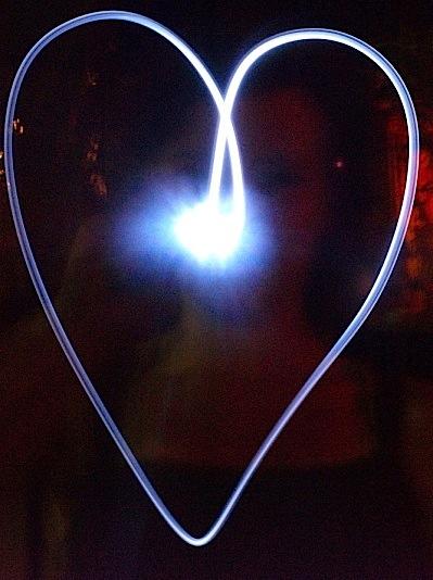 Feb 14, 2009 janverdonck Flashlight Heart by Emma Verdonck