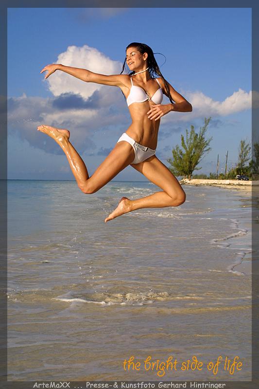Gran Bahama Feb 16, 2009 Gerhard Hintringer Jumping