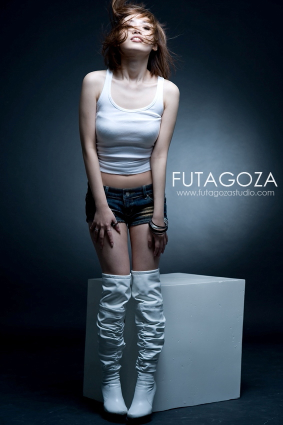 Futagoza studio Feb 18, 2009 futagoza studio - Derrick Neo ivone by futagoza