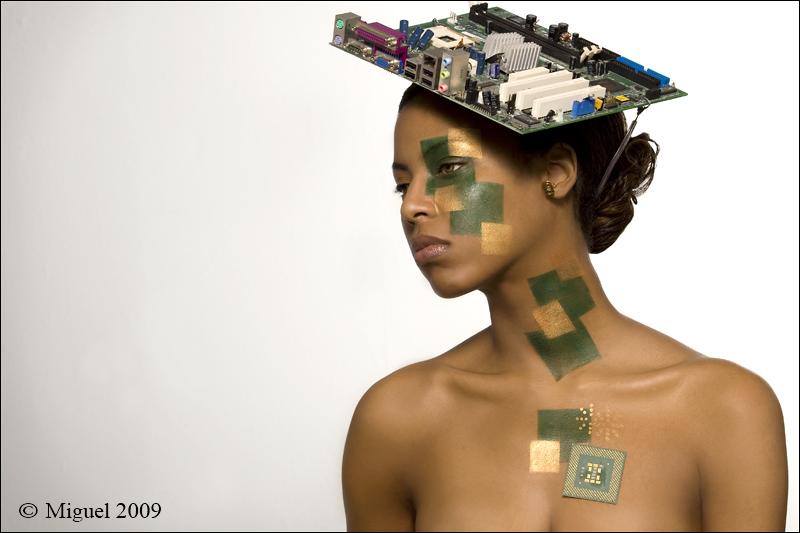 The Makeup Artists Studio Feb 19, 2009 Miguel Betancourt / VMagazine TECHNO COSMO / AMI BURKE