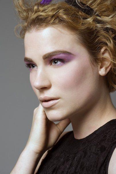 Female model photo shoot of Kara Cardiff