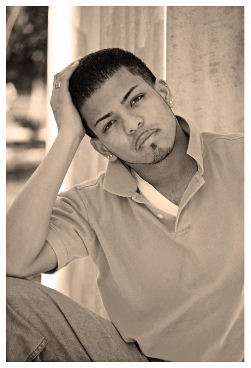 Male model photo shoot of Yaijo