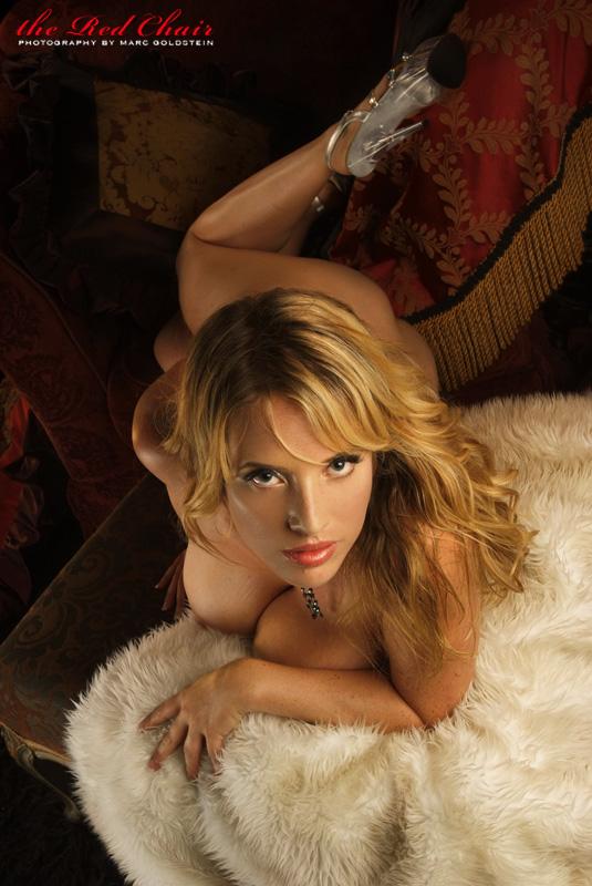 Female model photo shoot of Maggie Green