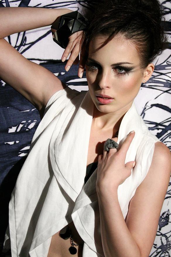 Mar 06, 2009 Model: Vlada, MUA: Saida, Stylist: Youlanda, Jumper: Evan Bidell