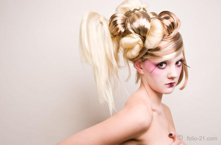 London Mar 14, 2009 www.folio-21.com Geisha - Makeup & Hair by me