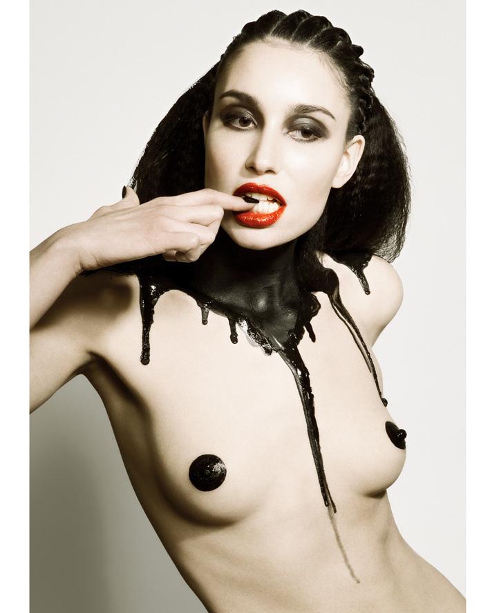 Female model photo shoot of Gwenaelle
