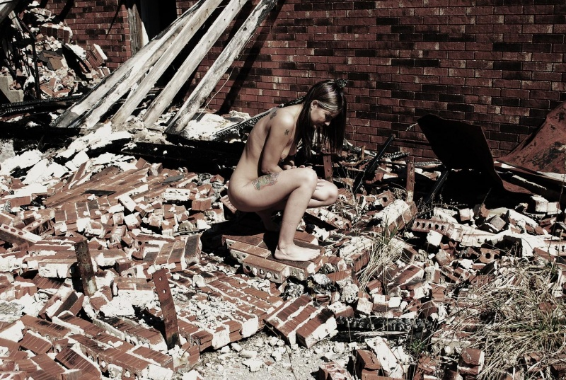 Female model photo shoot of Jersey Foxx by Figuried Photonix