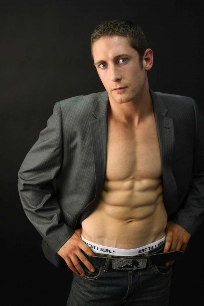 Male model photo shoot of Glyn Hardy by Eleonora Calio in London