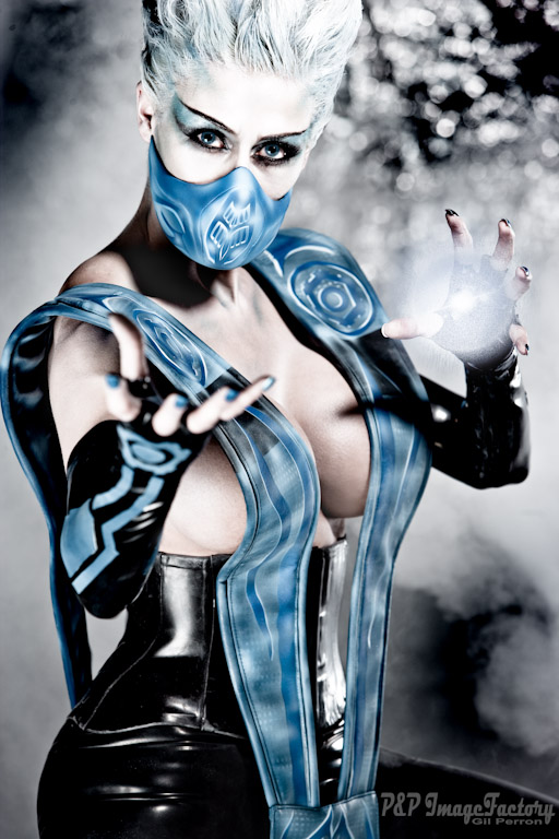 Montreal Mar 24, 2009 P&P Image Factory CREDITS ... Marie-Claude Bourbonnais as FROST from MORTAL KOMBAT - Hair & SFX makeup: Catherine Lavoie - Latex : Polymorphe - Props: VC props - Airbrush Art: David Lopez (Aztec Airbrush)