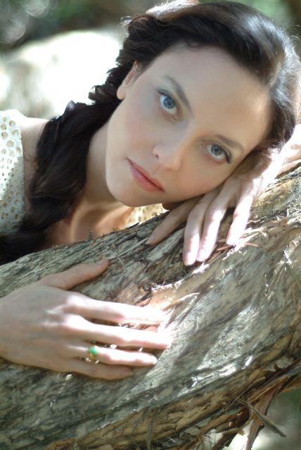 Female model photo shoot of Juliet Landau in LA