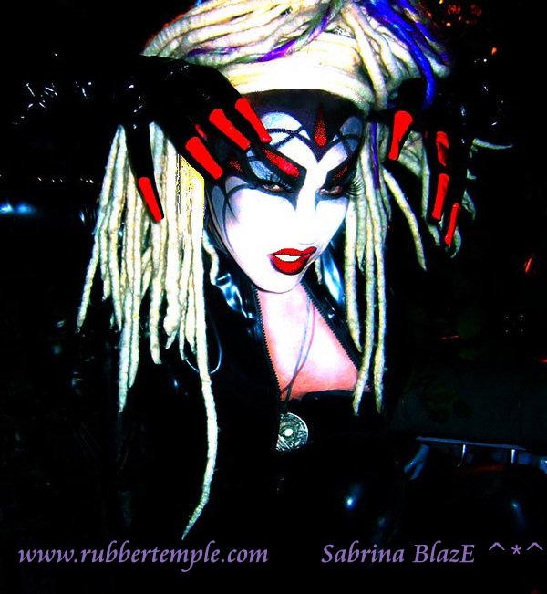 My apt. Sydney     Mar 29, 2009 Sabrina Blaze Sinendra V