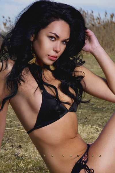 Female model photo shoot of Raiza
