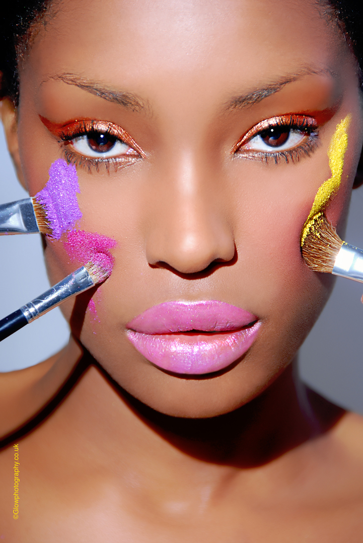 L Mar 31, 2009 GLOWPHOTOGRAPHY.CO.UK Betsie Dsane @ MOT Models