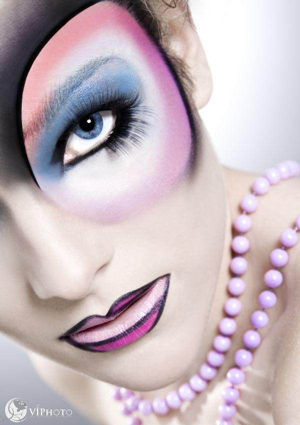 Apr 01, 2009 Make-Up : me