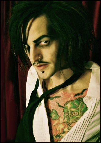 Male model photo shoot of Daniel Monster