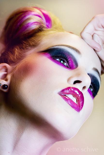 Apr 02, 2009 Photo Anette Schive  -  Makeup & hair Lise Fredagsvik