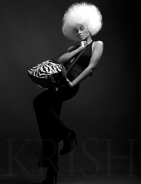 Arlington Apr 03, 2009 K. Rish black and white couture