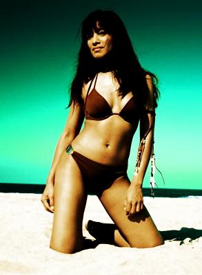 Female model photo shoot of Didi Tospon