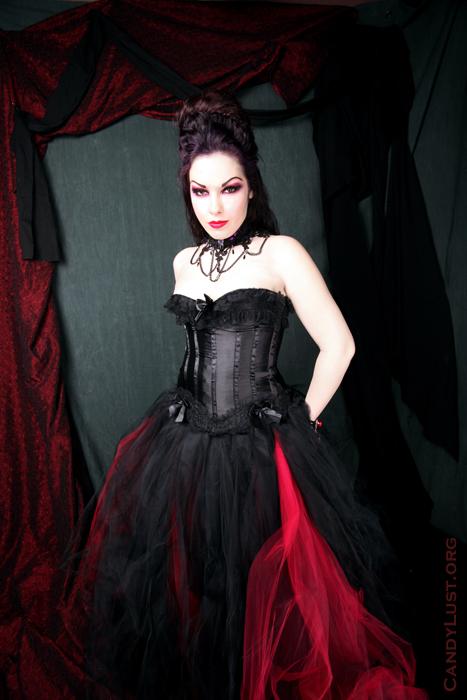 bklyn Apr 17, 2009 CandyLust.org Evil Elegance  (skirt -MTcoffinz,mua -Helen Yakir, hair -me)