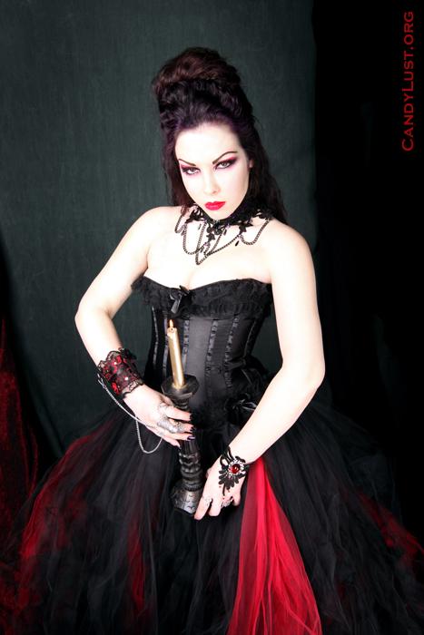 bklyn Apr 17, 2009 CandyLust.org Summoned To The Tower  (skirt -MTcoffinz,mua -Helen Yakir, hair -me)
