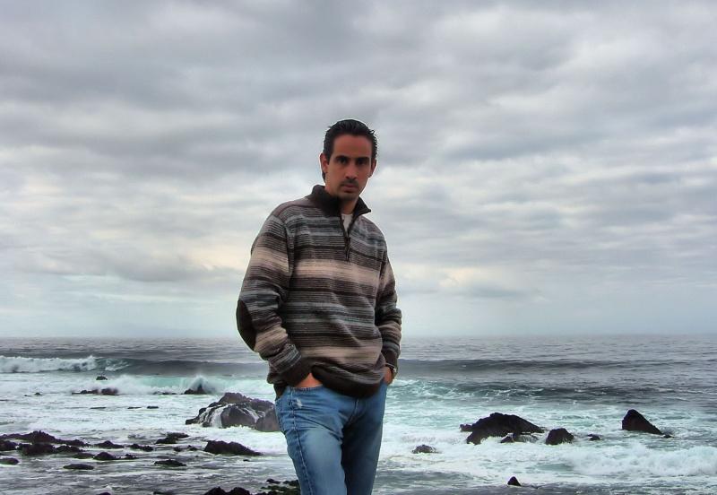 Monterey Apr 21, 2009 Enrique Gomez Enrique