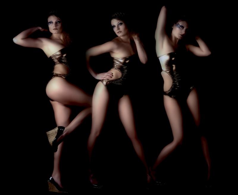 Male and Female model photo shoot of Fotomondella and Victoria-B in Studio