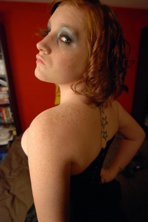 Female model photo shoot of Stefny