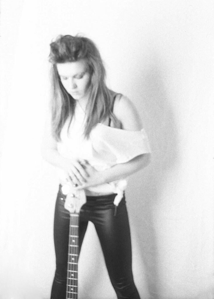 Female model photo shoot of Lauren89