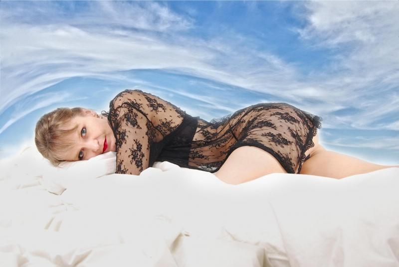 Female model photo shoot of Sybil182 in Redmond, Wa