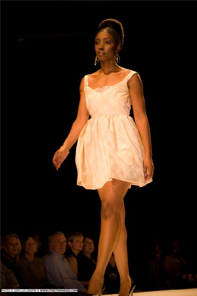 Seattle Fashion Week 09 Apr 27, 2009