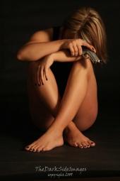 https://photos.modelmayhem.com/photos/090428/07/49f7199da8951_m.jpg