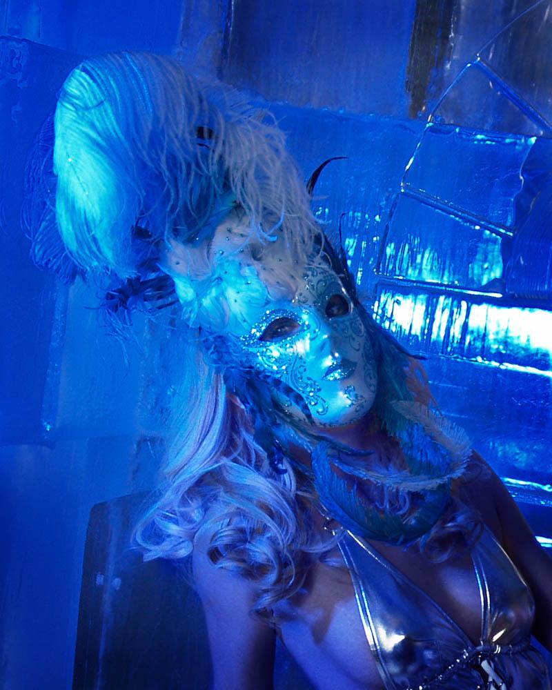 Minus 5 Ice Lounge, Las Vegas NV Apr 28, 2009 2009 Debra Hausman Ice Blue Queen