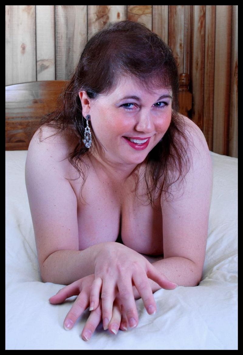 Female model photo shoot of Magenta Haze