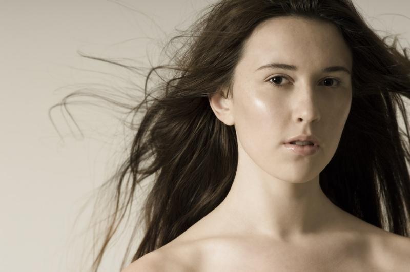 Female model photo shoot of Michelle Mason Makeup