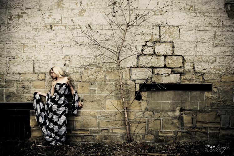 Female model photo shoot of Elaina Broers by Tanya Plonka in Calgary