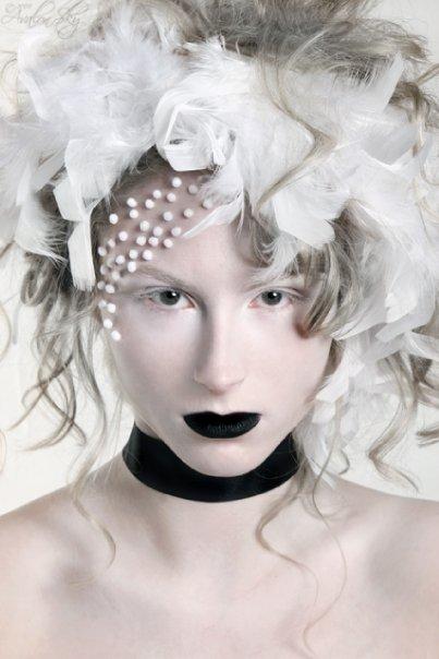 May 10, 2009 Hair/Makeup by Rosalee