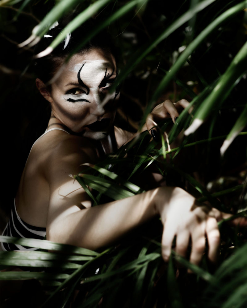 Female model photo shoot of Amanda Sharkey  and leptirica by swwak in Botanic Gardens