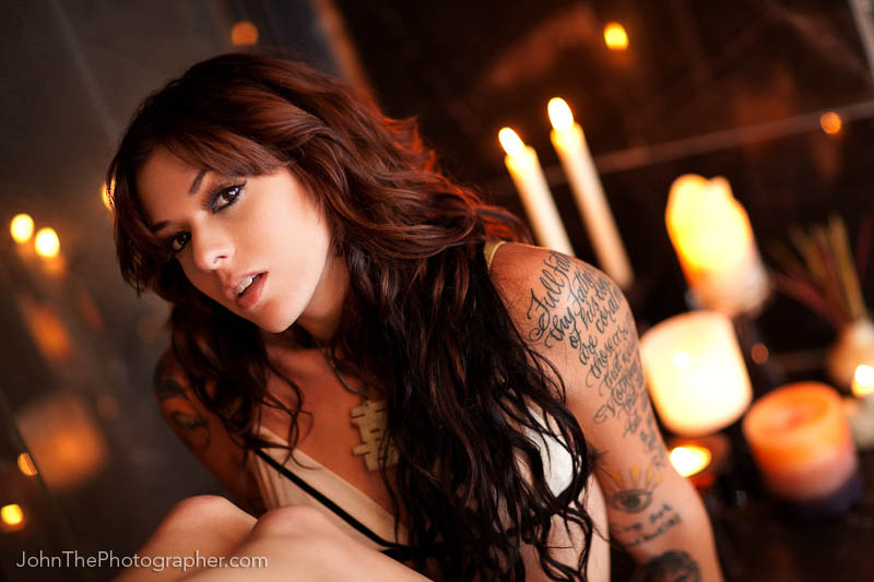 Sacramento, CA May 13, 2009 JohnDeckerPhotography.com/JohnThePhotographer.com jane danger by candle light