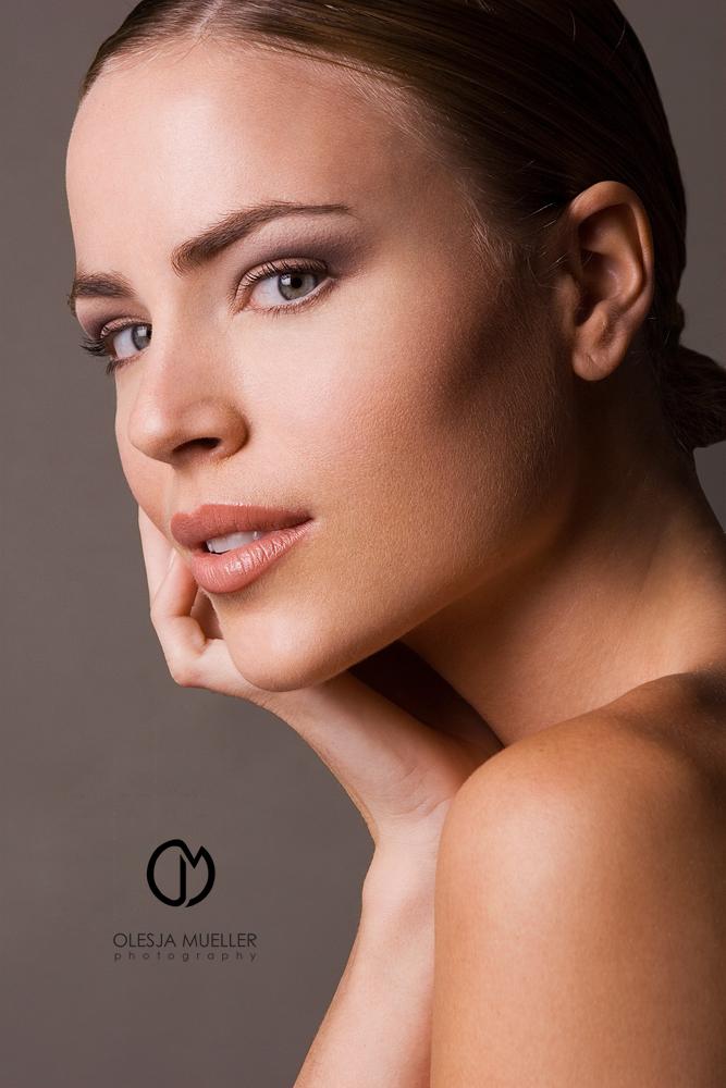 May 20, 2009 Olesja Mueller Photography Beauty editorial - LIPS