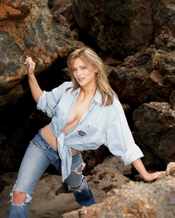 Female model photo shoot of Maysen Chantelle by davesphotography in Point Dume Malibu