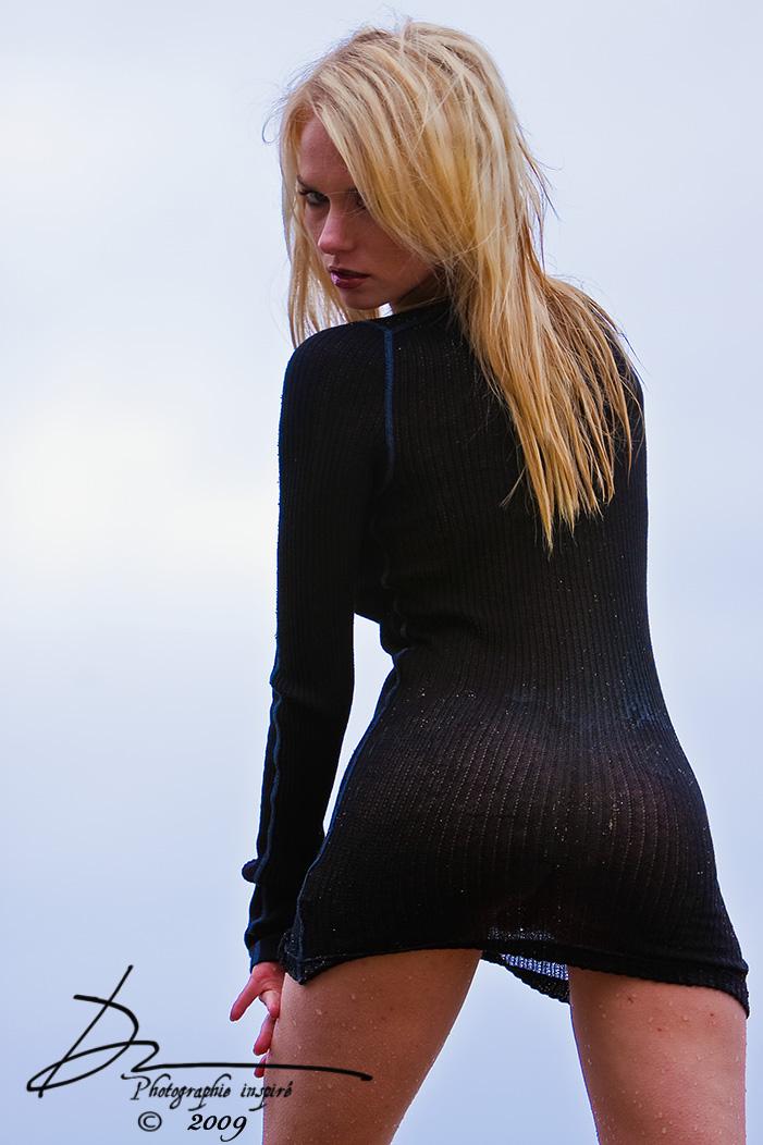 http://photos.modelmayhem.com/photos/090522/22/4a1785185d4b7.jpg