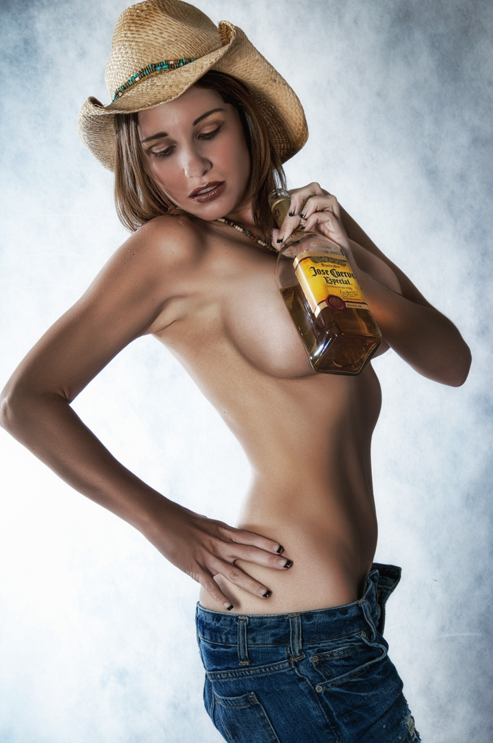 Newport News, Virginia May 24, 2009 This Cowgirl Loves Her Tequlia