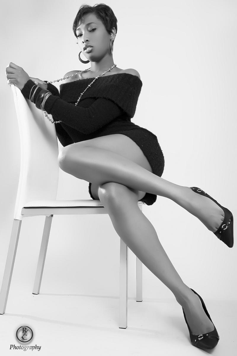 Female model photo shoot of Tiffani LaReaux by Rob C Photography