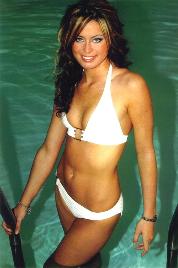 May 25, 2009 Pre/Op: Old Hooters Calender photo