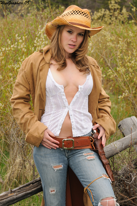 high resolution naked cowgirls
