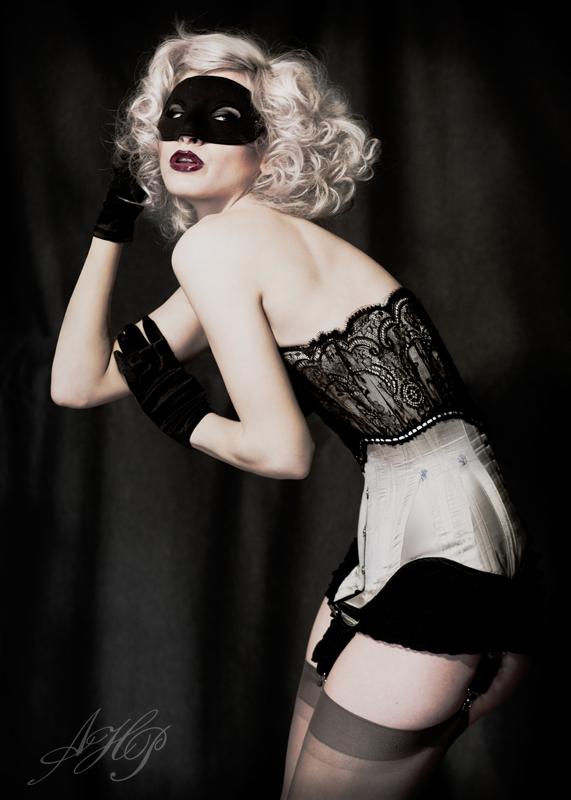 May 26, 2009 Andrea Hausmann Photography Lovesick Corrective Apparel Corset
