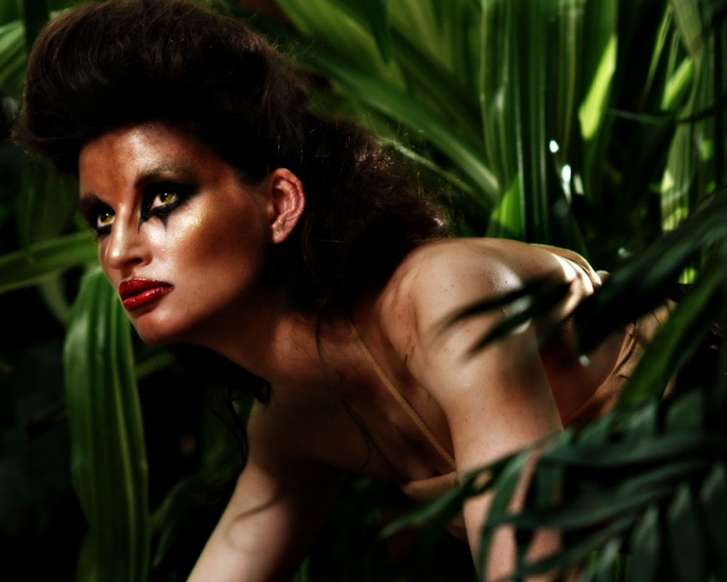 Female model photo shoot of Amanda Sharkey  and gracie_lou by swwak in Botanics Garden