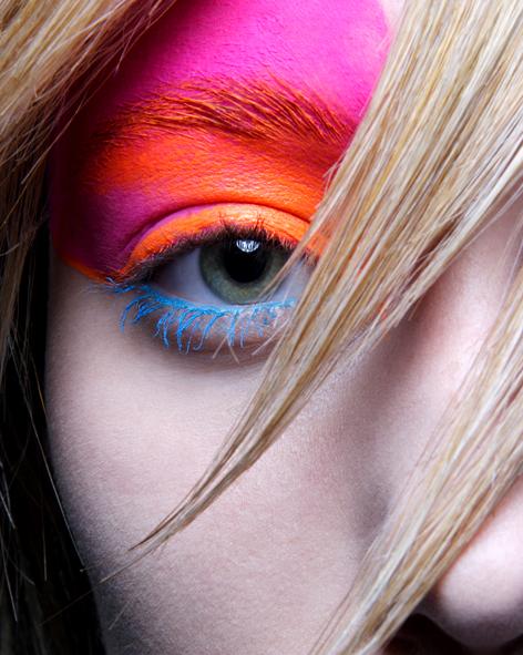 May 30, 2009 Simon Cave - photographer