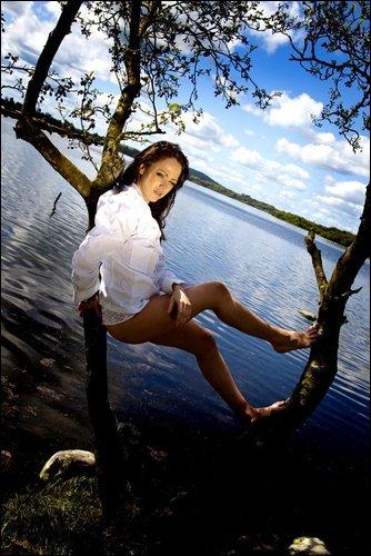 Female model photo shoot of Lareina Slight in virginia